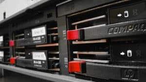 Hosting rack array